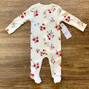 Old Navy Floral Sleeper size 6-9mo